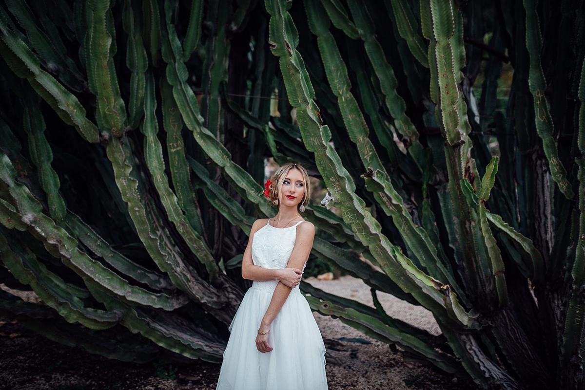 vestido novia veneno en la piel